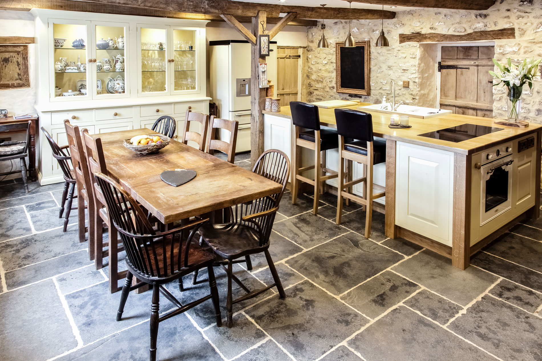 Oak Kitchen Painted Oak Kitchen Hereford Mark Stones Welsh Kitchens