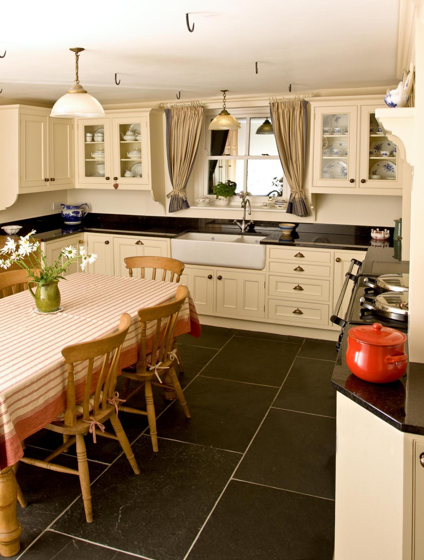 Oak Kitchen Painted Oak Kitchen Tondu Mark Stones Welsh Kitchens Bespoke