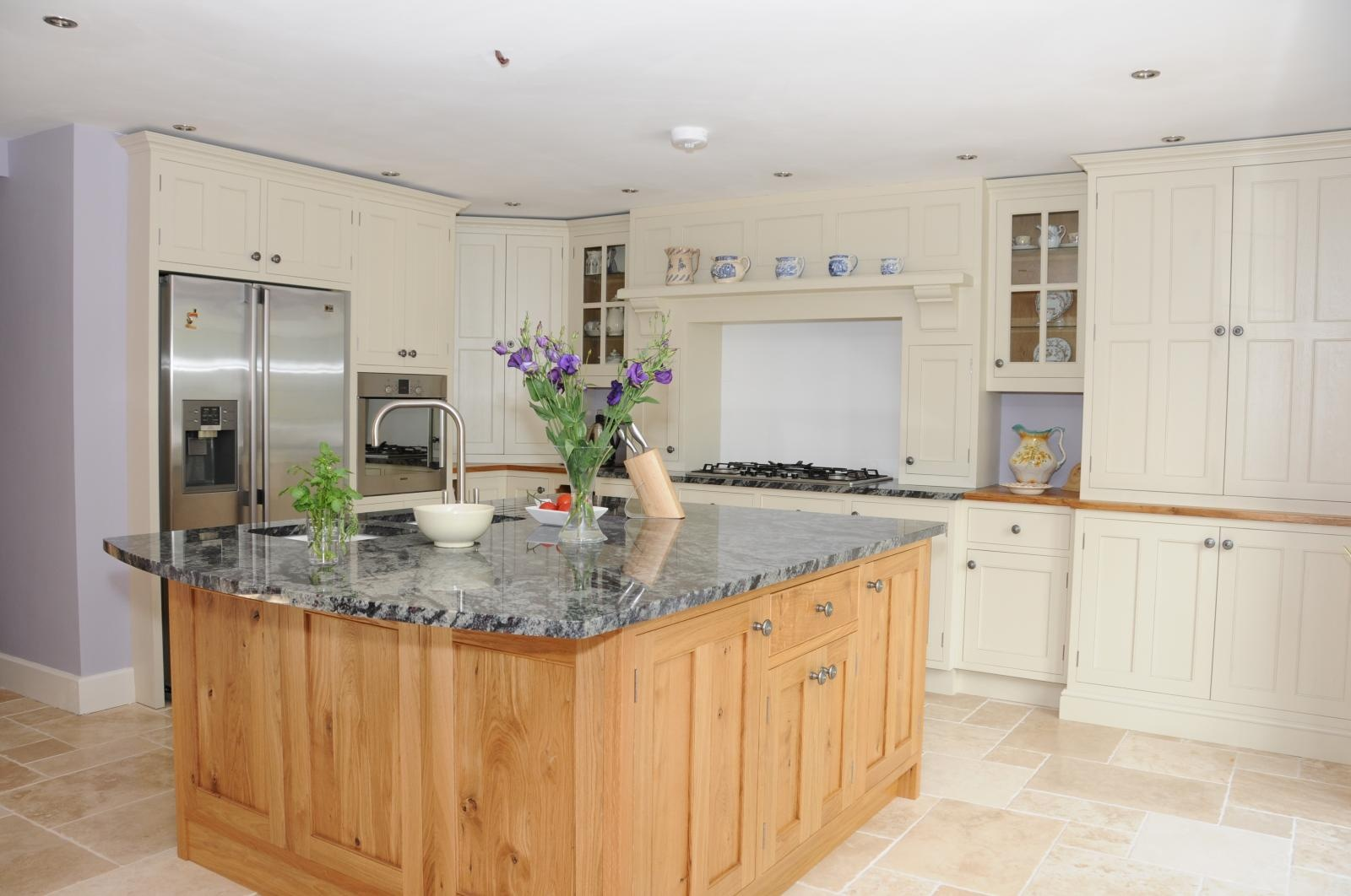 Oak Kitchen Painted And Oak Kitchen Llandeilo Mark Stones Welsh Kitchens