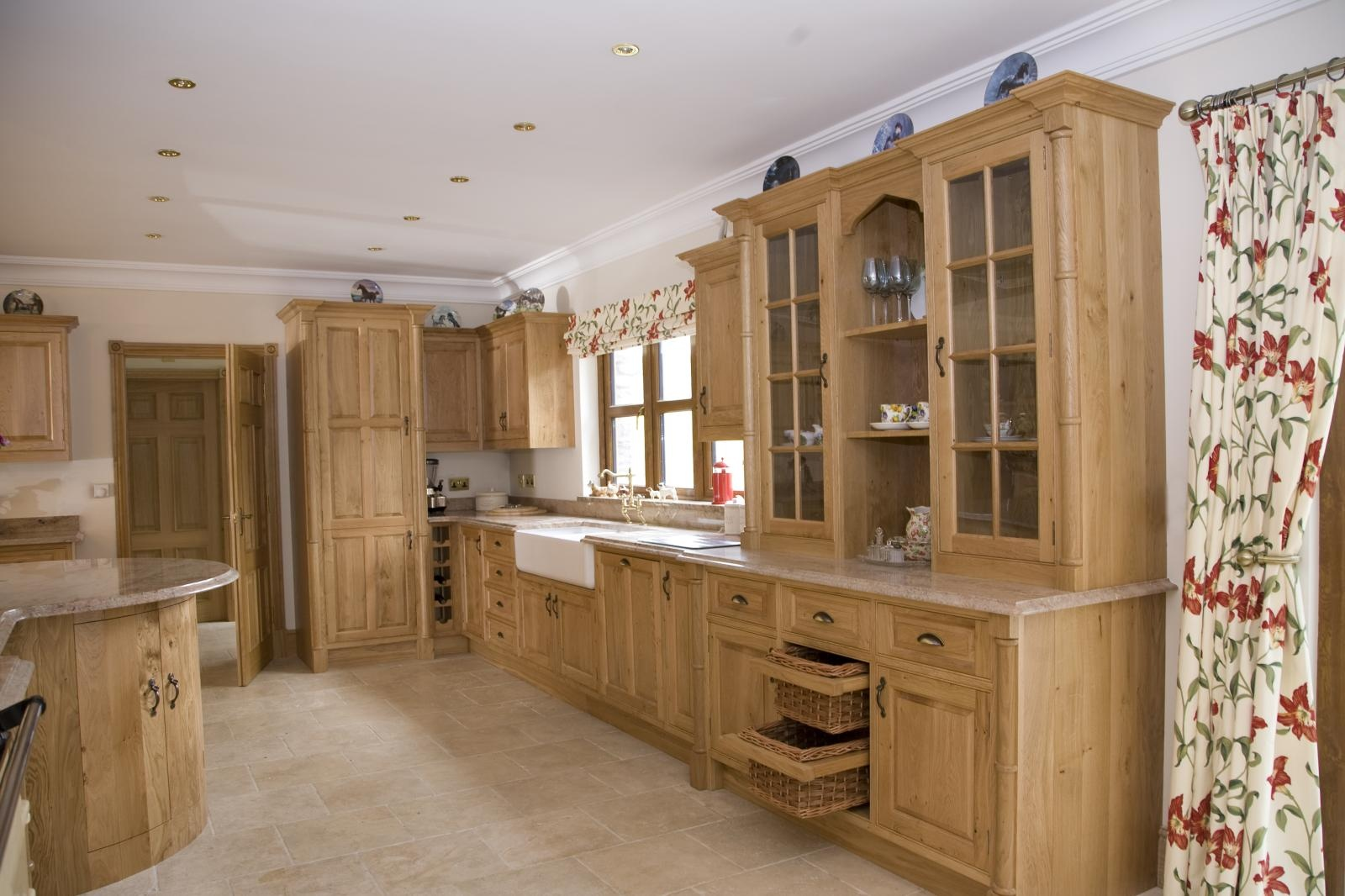Oak kitchen bristol mark stone 39 s welsh kitchens for Oak kitchen ideas designs