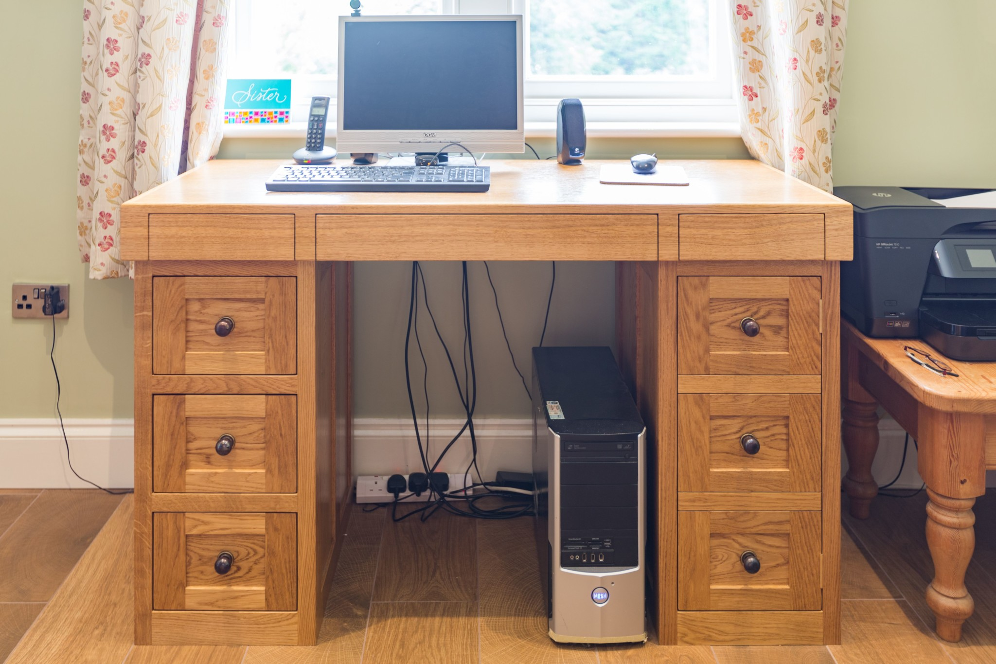 Wales White Wooden Computer Desk Hostgarcia