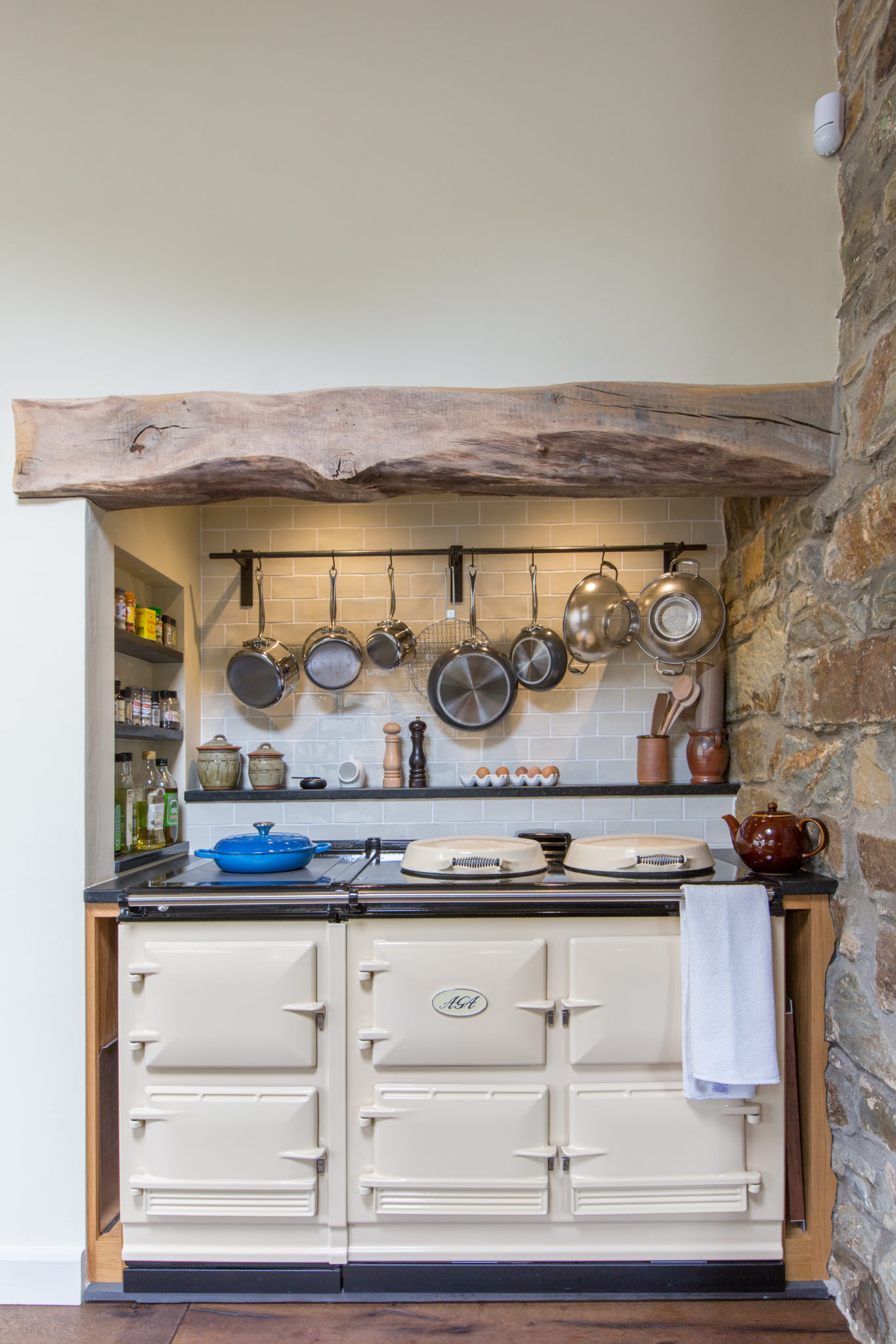 Painted Country Kitchen Winchester 10 Mark Stone S Welsh Kitchens