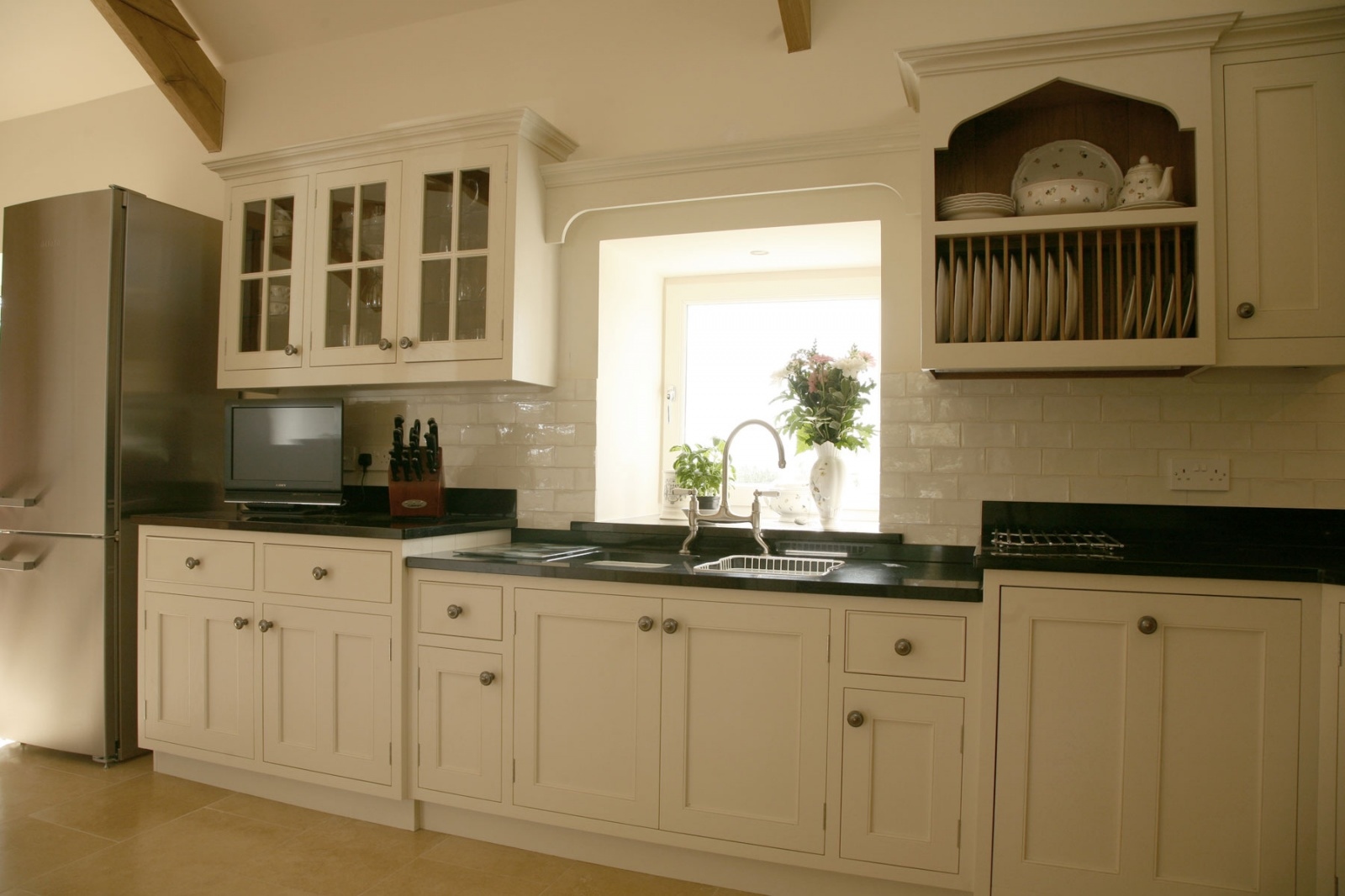 painted oak kitchen cabinets 187 painted oak kitchen llandeilo 3997