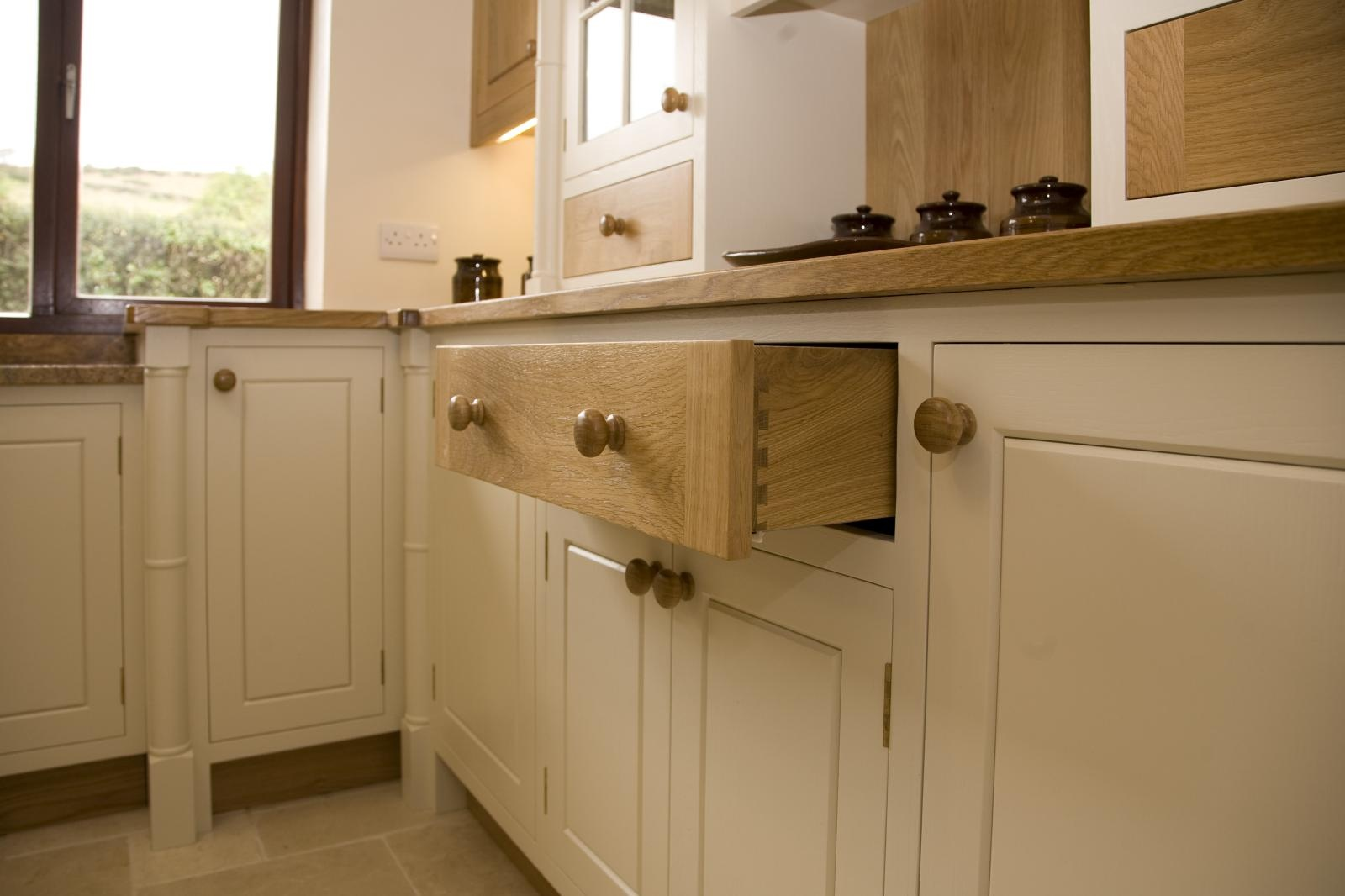 Painted Oak Kitchen Llanrhystud Mark Stone 39 S Welsh Kitchens Bespoke Kitchens And Furnuture