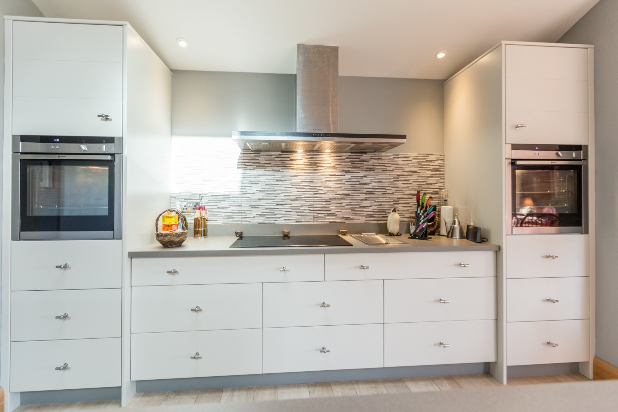Smooth Painted Modern Kitchen Monmouth